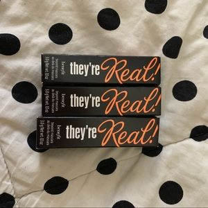 Three benefit they're real mascara